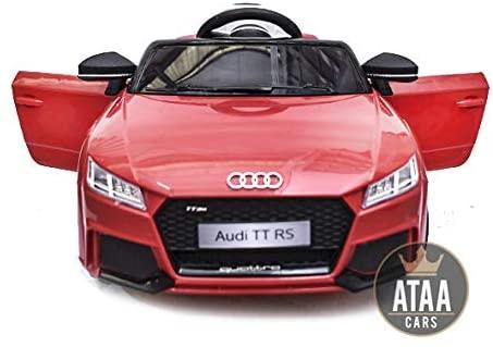 Cette voiture enfant Audi TT RS est rouge et noir.