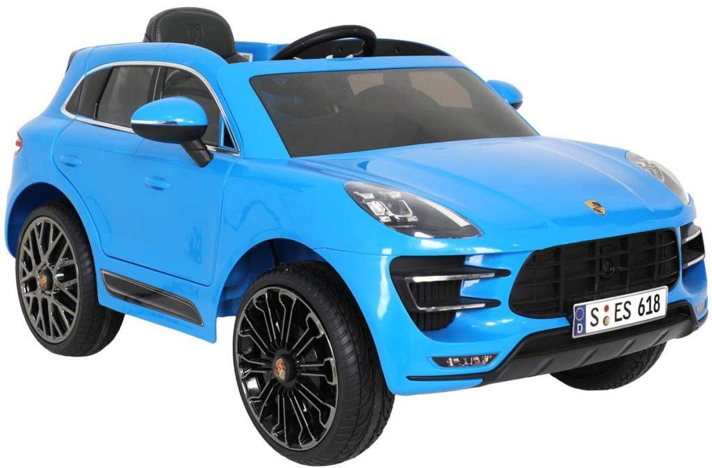 Cette voiture enfant Porsche est une voiture électrique.